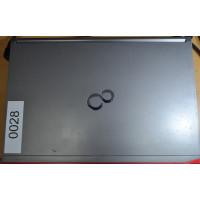 Laptop Fujitsu Lifebook E744, Intel Core i5-4200M 2.50GHz, 4GB DDR3, 320GB SATA, DVD-RW, 14 Inch, Fara Webcam, Grad B (0028)