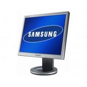 Monitor LCD Samsung SyncMaster 910N, 1280x1024, VGA, DVI, 19 inci, 16.7 Milioane de culori, Grad A-, Second Hand Monitoare cu Pret Redus