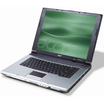 Acer TravelMate 4060, Pentium M 1.73Ghz, 1280Mb, 40Gb, Wireless, 15 inci Laptopuri Second Hand