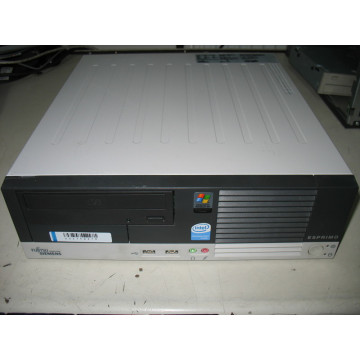 Fujitsu Esprimo E5700 Pentium 4/ 3.0 GHz 1024MB 80GB / CD-ROM LGA 775 Calculatoare Second Hand