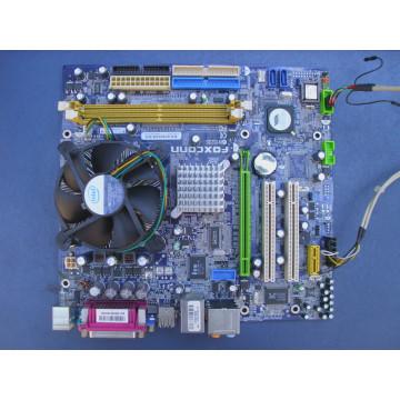 Mainboard Foxconn N15235, LGA 775, PCI-ex, ddr2, sata, sound 7.1,Procesor Celeron 430 1.8Ghz, cooler