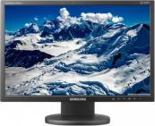 Monitoare Samsung 2443BW, 24 inci LCD, 1920 x 1200 dpi, Contrast Dinamic 20000:1, DVI, USB, Grad B Monitoare cu Pret Redus