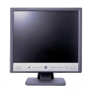 Monitor Benq FP767, 1280 x 1024, 17 inch LCD, VGA, Boxe Integrate Monitoare Second Hand