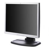 Monitor HP L1940T, 19 Inch, LCD, 1280 x 1024, HD, VGA, DVI, 5ms, USB, contrast 800:1, Fara picior, Grad B, Second Hand Monitoare cu Pret Redus