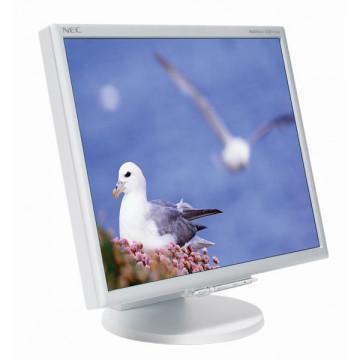 Monitor LCD NEC MultiSync  LCD1770nx, 17 inci - 43 cm, 16.2 milioane culori Monitoare Second Hand