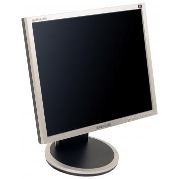 Monitor Samsung SyncMaster 740B, 17 Inch LCD, 1280 x 1024, VGA, DVI Monitoare Second Hand