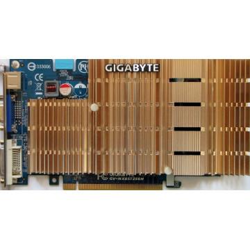 nVidia GeForce 8500 GT, 256 Mb,  PCI-Express x 16, VGA, DVi, S-video, SLi Ready