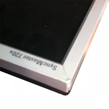 Samsung SyncMaster 720n, Carcasa crapata (cod:18) Monitoare Second Hand
