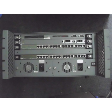 Switch ForeSystems PowerHub 7000, 32 porturi rj-45, 2 porturi fibra, 2 console management Retelistica